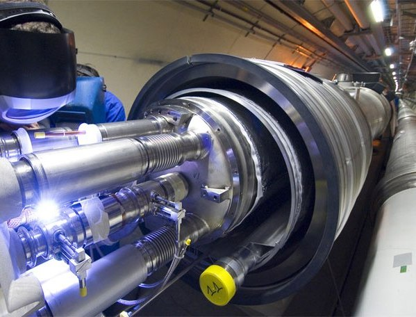 El Cern intentará recrear el Big Bang