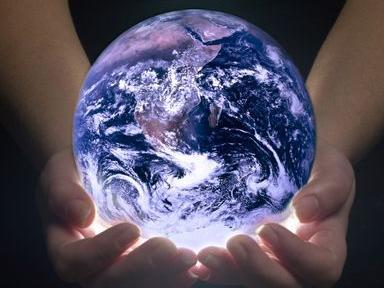 earth_in_our_handshhhh